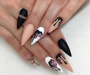 nails, kylie jenner, and ❤ image