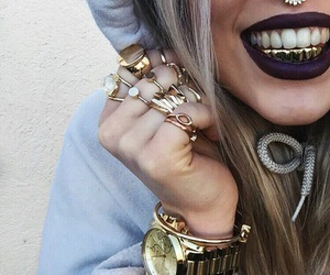gold and jewelry image