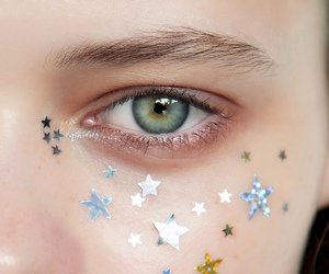 eyes and stars image