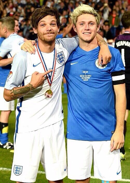 niall horan, louis tomlinson, and cute image