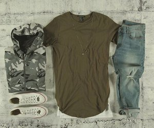streetstyle and outfit image