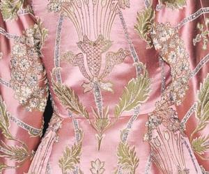 Valentino Haute Couture F/W 2012