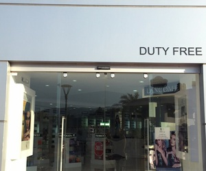 french parfum and perfume store image