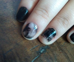 marble, nail art, and black polish image