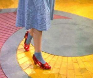 Wizard of oz, yellow, and The wizard of OZ image