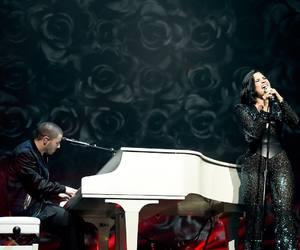 demi lovato, concert, and nick jonas image