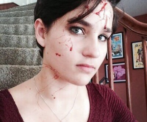 scream, bex taylor-klaus, and audrey jensen image