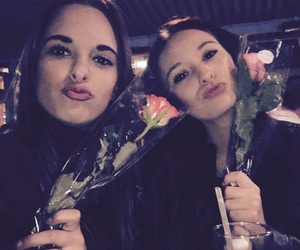 roses and girls image