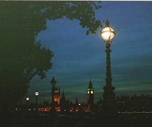 london and night image