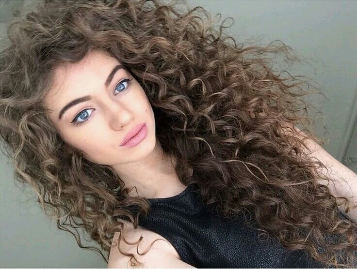 Curly Hair Uploaded By Thay On We Heart It