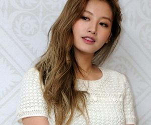 asian girl, blonde, and korean girl image