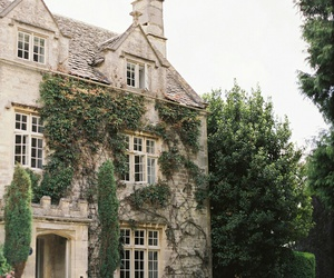 house and architecture image
