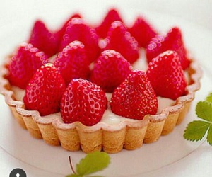 delicious, food, and strawberry image