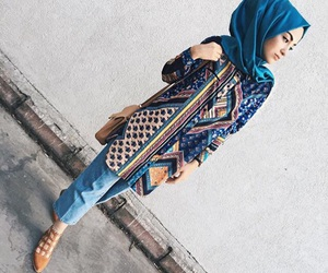 hijab, muslim fashion, and muslimfashion image