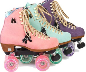 moxi lolly rollerskates image