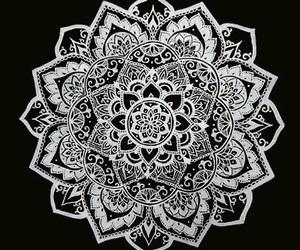 overlay, mandala, and flowers image