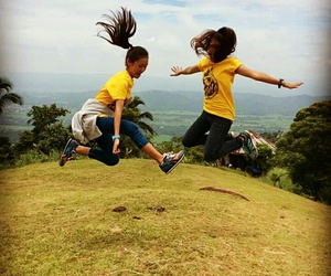 jump shot and yellow image
