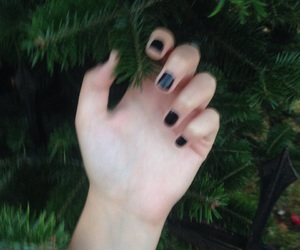 aesthetic, black nails, and hipster image