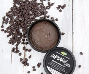 lush, cupcake, and face mask image