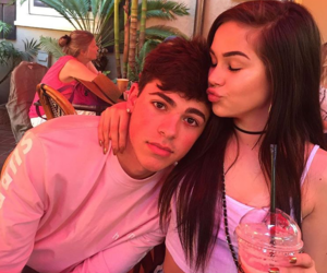 maggie lindemann and mikey barone image