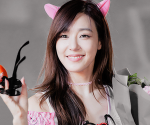 gg, glasses, and snsd image