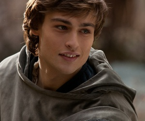 douglas booth, Hot, and romeo image