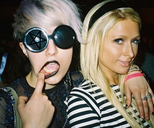 paris hilton and blonde image