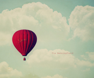 balloon, baloon, and red image