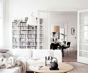 white and interiorim.com image