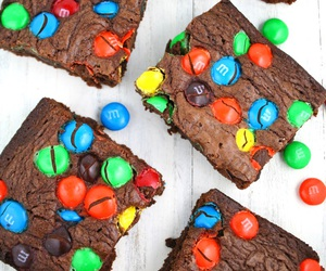 brownies, chocolate, and m&m's image