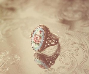 ring, vintage, and flowers image