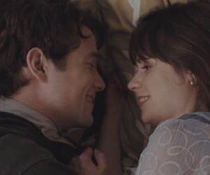 love, kiss, and 500 Days of Summer image