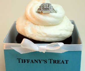 ring, tiffany, and cupcake image
