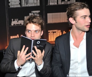 sebastian stan and gossip girl image