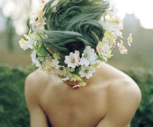 green hair and gren and wild image