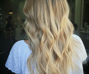 girl, hair goal, and wow image