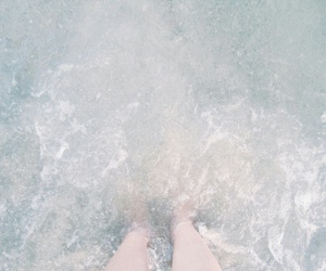 aesthetic, ocean, and pale image