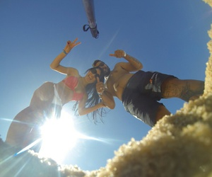 casal, praia, and namorado image