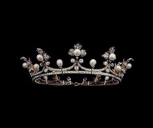 crown, black, and dark image