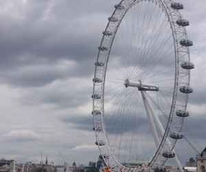 dark, gloomy, and london image