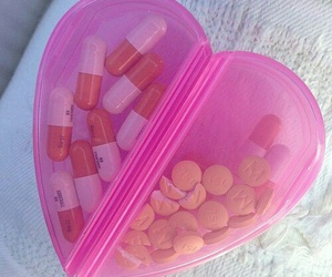 pills and heart image