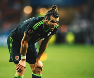real madrid, gareth bale, and wales nt image