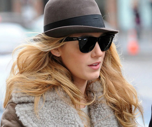 blake lively, gossip girl, and look image