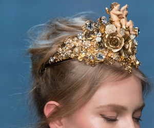 crown, details, and Dolce & Gabbana image