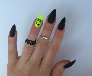 black, girl, and nails image