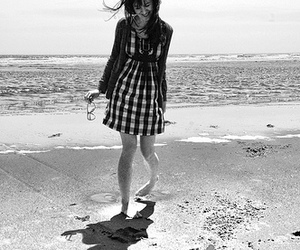 beach, plaid, and 18-135mm image