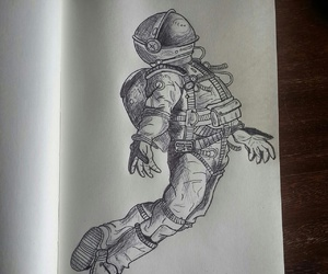 astronaut and drawing image