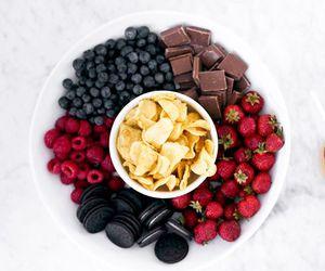 chocolate, fruit, and oreo image