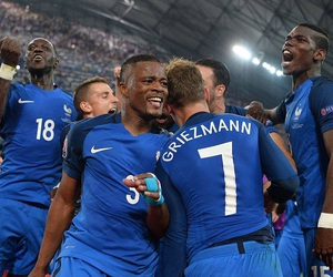 7, final, and france image