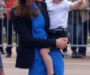 baby, kate middleton, and royal family image